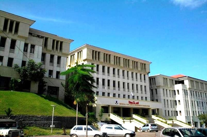 Sree Gokulam Medical College and Research Foundation - [SGMCRF]
