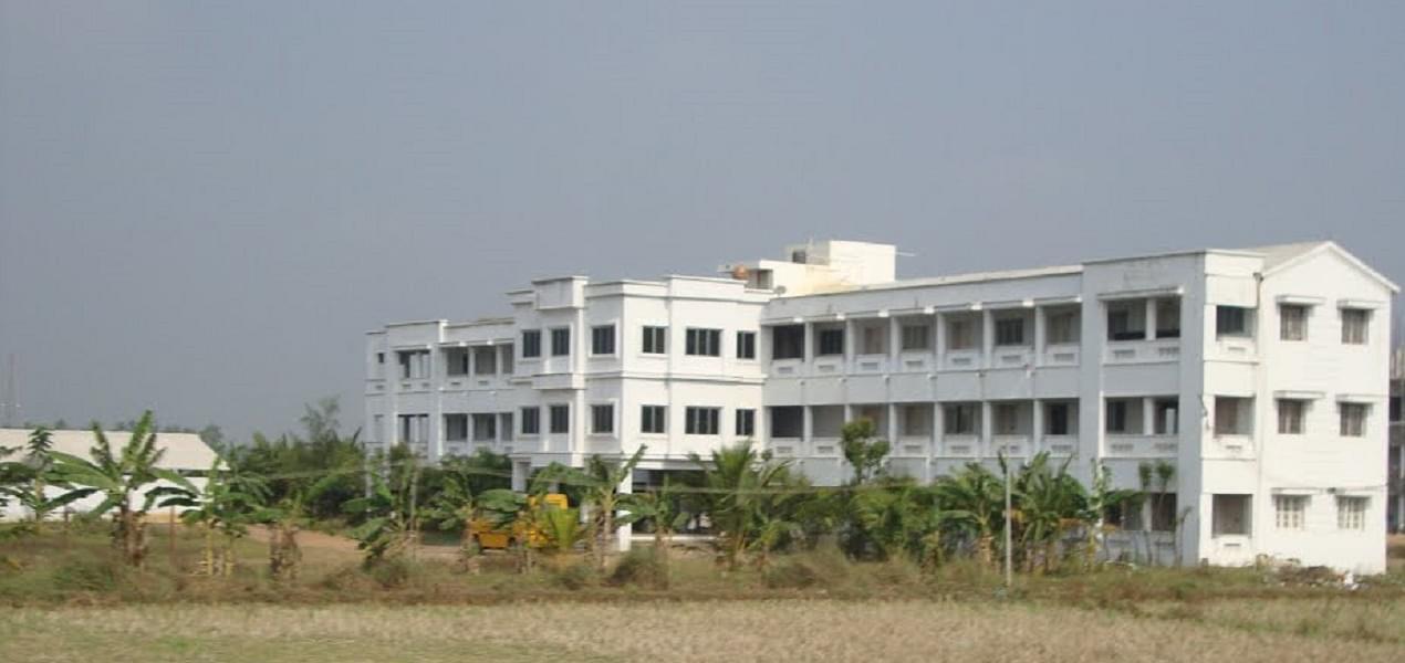 Mannai Narayanasamy College of Nursing