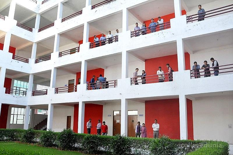 Darsh Institute of Engineering and Technology