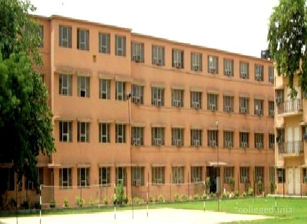 Gurgaon College of Engineering - [GCE]