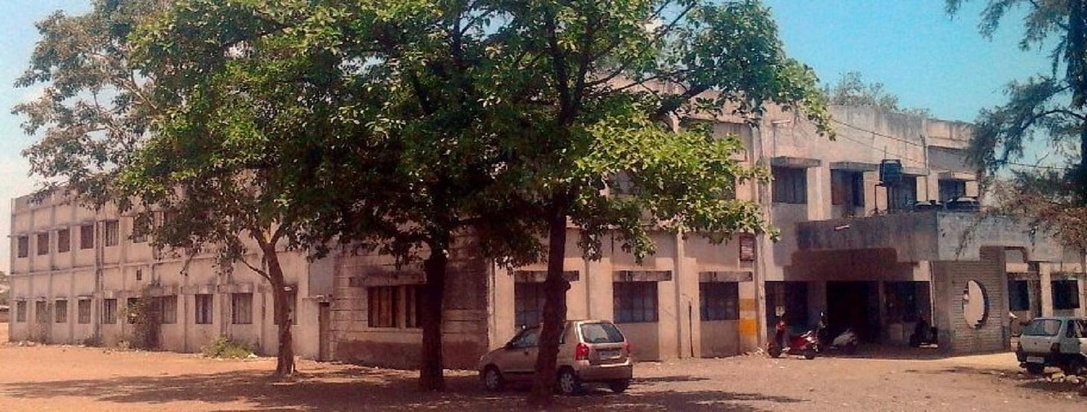 DAVV Mateshwari Sugni Devi Girls College