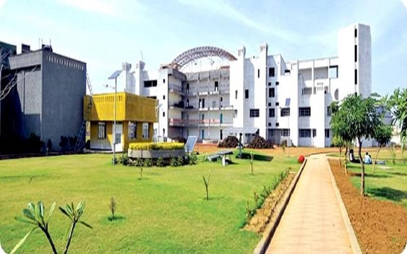 Disha College
