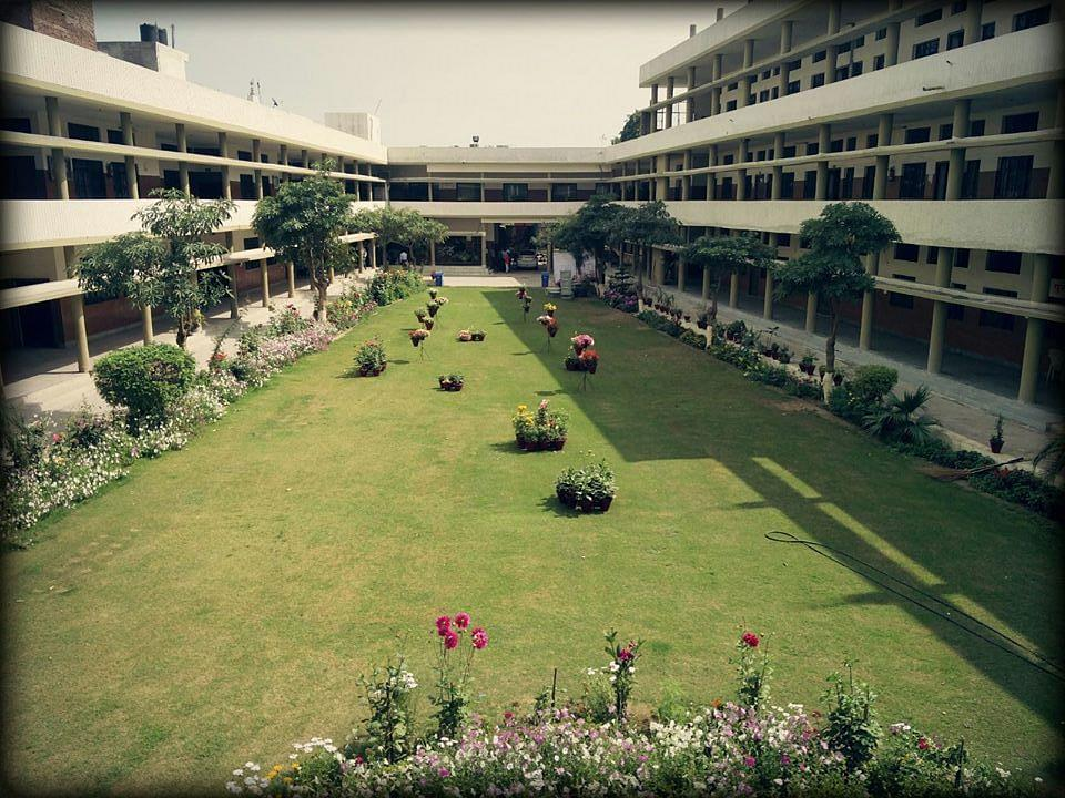 Kamla Lohtia Sanatan Dharam College