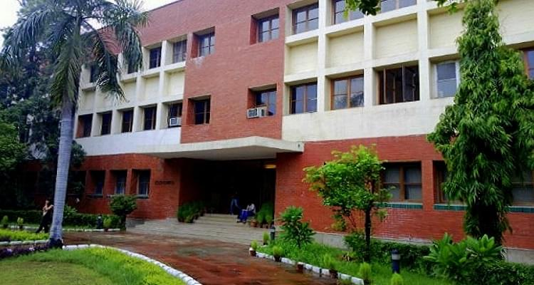Delhi School of Economics, University of Delhi - [DSE]