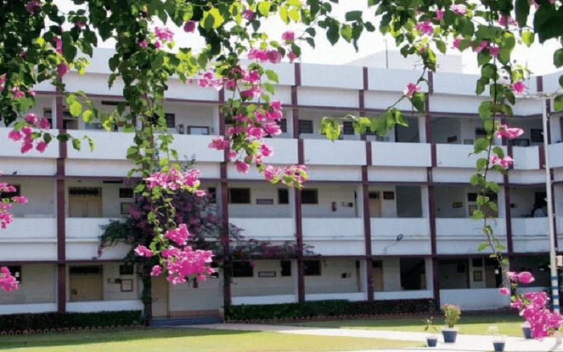 Shri Jaysukhlal Vadhar Institute of Management Studies - [JVIMS]