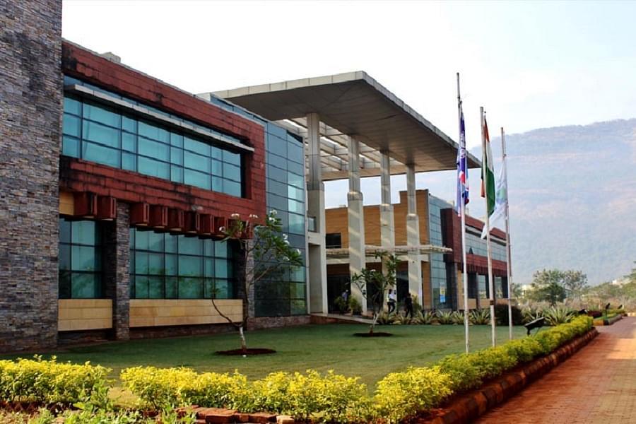 Universal Business School - [UBS]