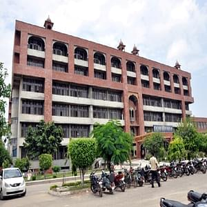 22 year ludhiana college girl sucking dick 4
