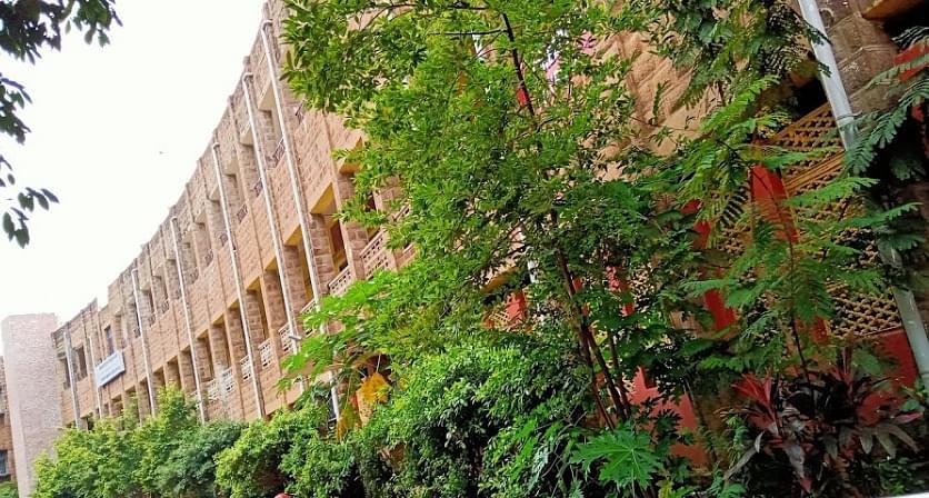 Indian Institute of Petroleum and Energy - [IIPE]
