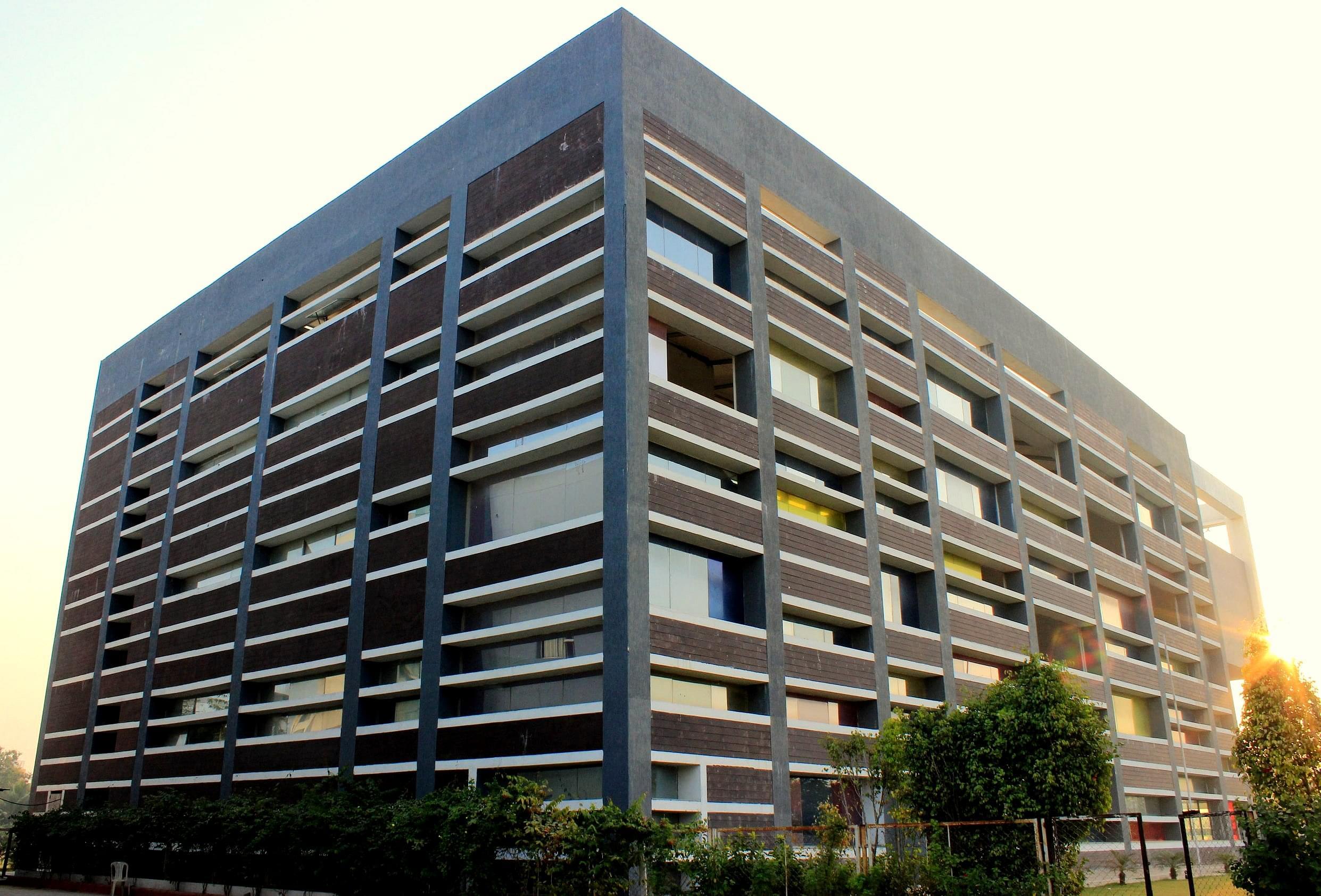 Shanti Business School - [SBS]