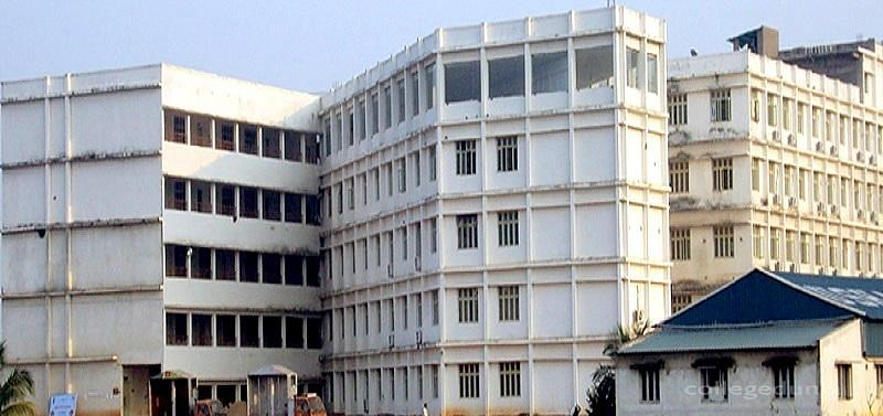 Usha Rama College of Engineering and Technology - [URCE]