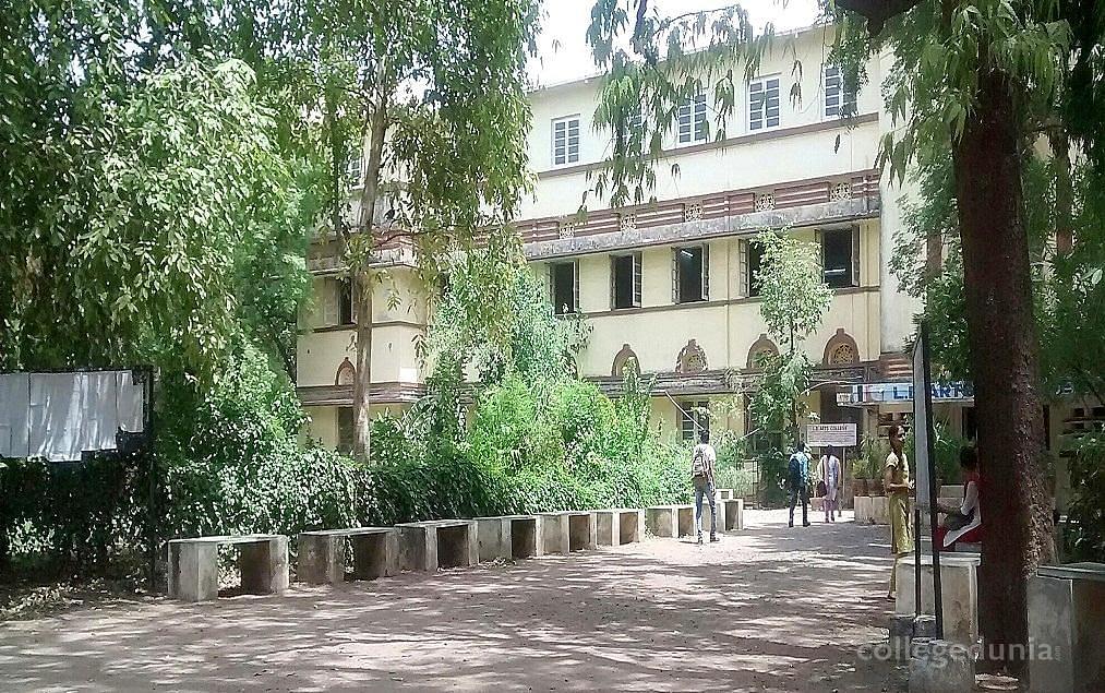 LD Arts College