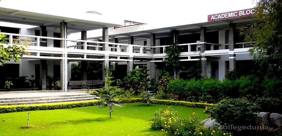 NALSAR University of Law - [NALSAR]