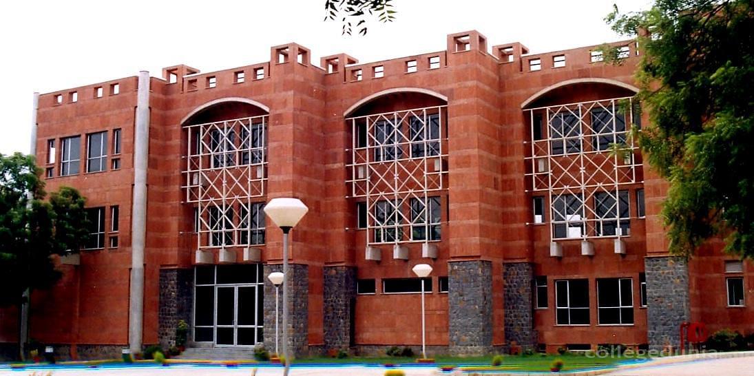 Jamia Hamdard University