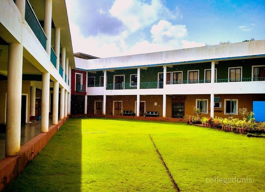 Murgaon Education Societys College of Arts and Commerce - [MES]