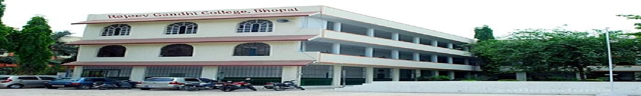 Rajeev Gandhi College, Bhopal - Course & Fees Details