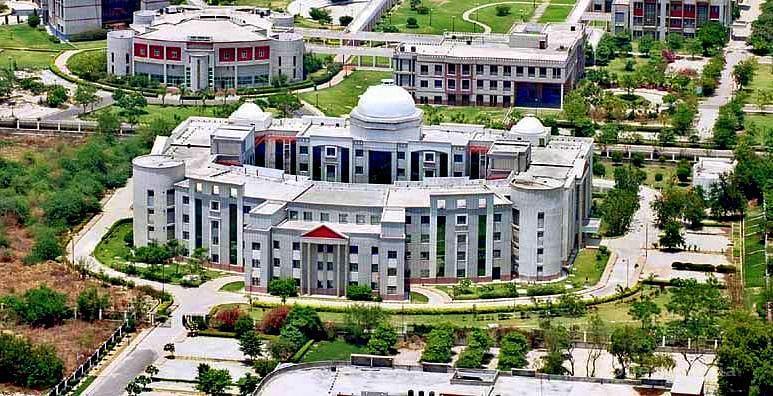 Ramwati Raj Bahadur Degree College