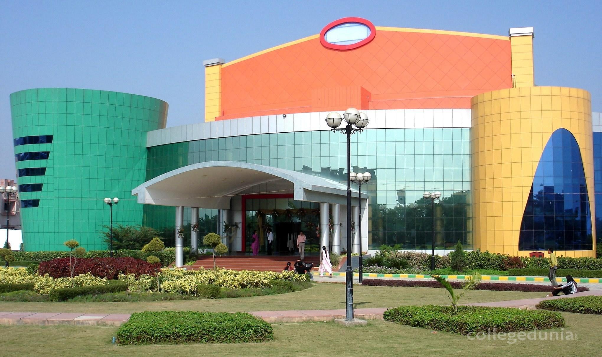 Shiv Shankar Shivram Singh Mahavidyalaya