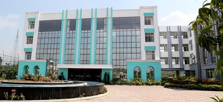 Adamas University, Kolkata Courses & Fees 2019-2020