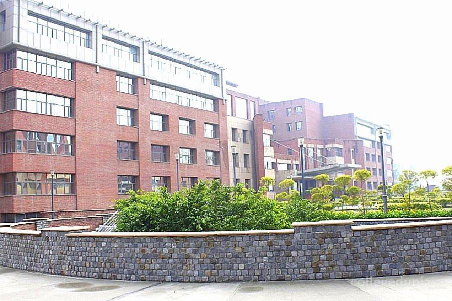 Amity School of Fashion Technology - [ASFT], Noida - Admissions 2021-2022