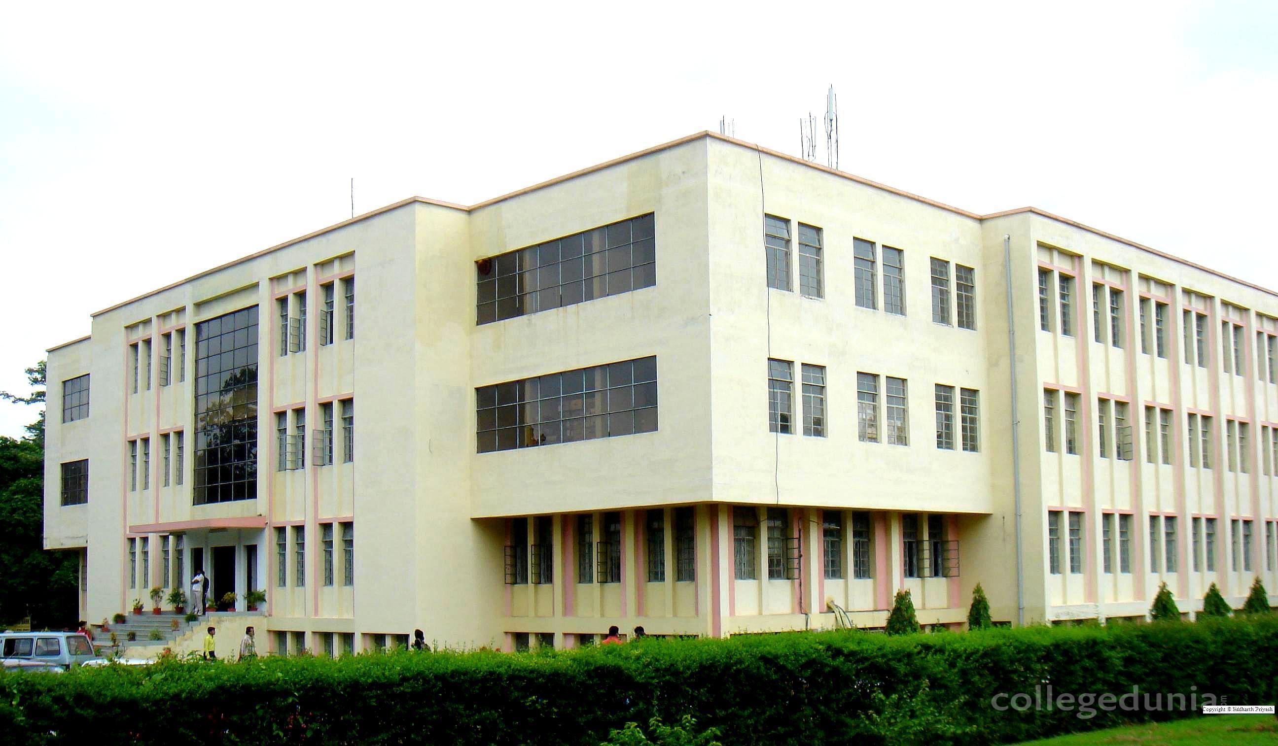 Birla Institute of Technology - [BIT]