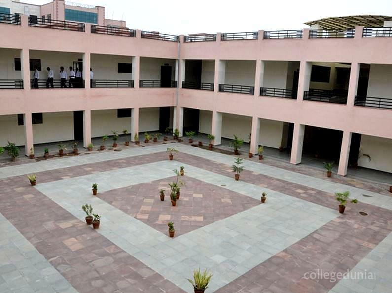 S.S. Jain Subodh Law College