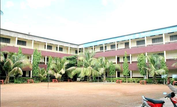 Siddharth Law College, Gandhi Nagar Courses & Fees 2021-2022
