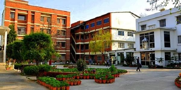 Sardar Bhagwan Singh Post Graduate Institute of Biomedical Science  & Research