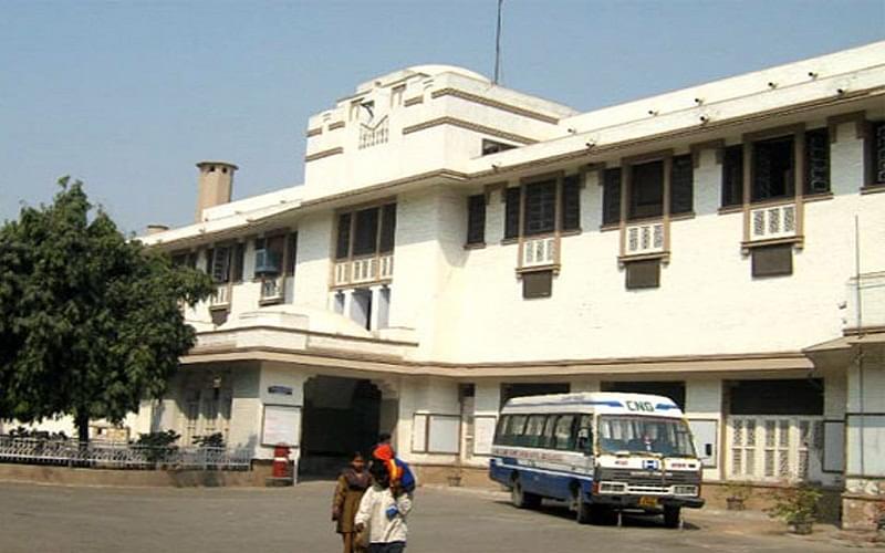 Lady Hardinge Medical College - [LHMC], New Delhi ...