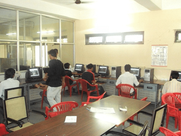 Institute of Engineering and Technology, Devi Ahilya