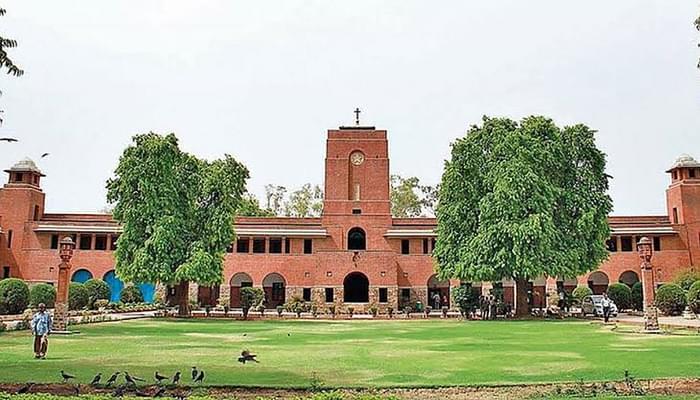 Delhi HC Declines to Interfere in DU's Open Book Exam Decision