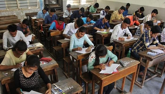 SC Directs JEE Main, NEET 2020 to Be Delayed, Fresh Dates to Be Released After the Verdict Today