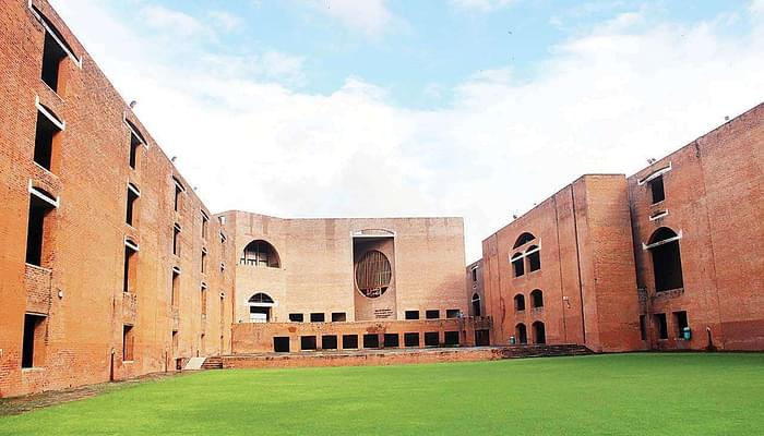 IIM Ahmedabad Launches Endowment Fund, Aims to Raise Rs 1000 Crore over a Period of Five Years. Read More